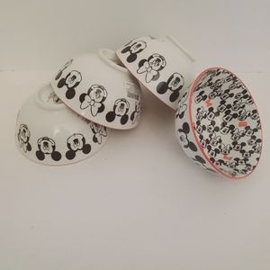 Disney bowls set of 4 Style # 4013218